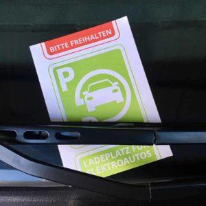 Parksünderblöckchen für Fahrer von Elektroautos - Verwarnung Falschparker